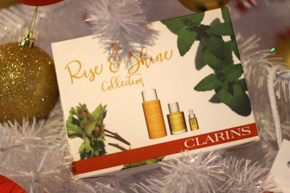 Free CLARINS 'Rise & Shine' or 'Beauty Sleep' gift set with every Wellness treatment.