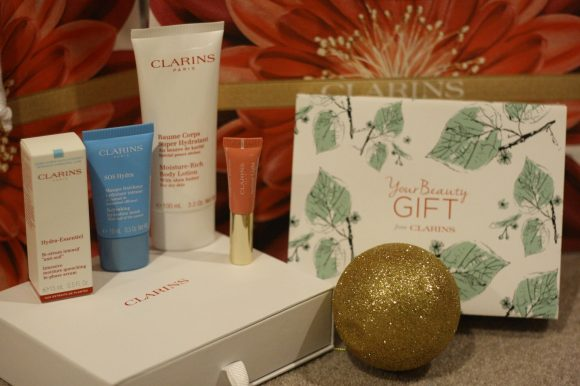 Free ELEMIS or CLARINS gift when you spend over £40 on skincare products.